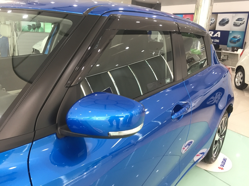SUZUKI SWIFT 21